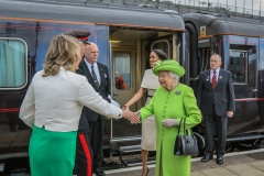 Queen-Elizabeth-II-at-Runcorn-Station-046